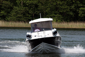 M 550 PILOTHOUSE